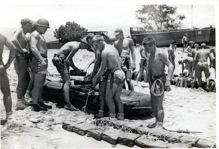 service a navy seal at war epub